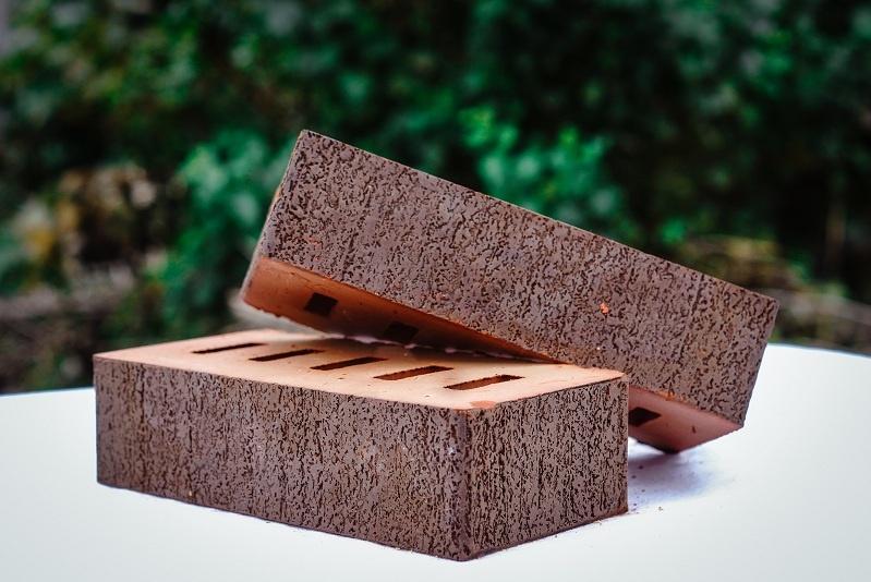 полнотелый керамический кирпич с доставкой